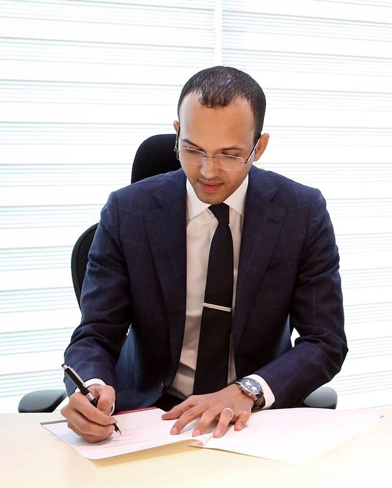 مدير ديوان محافظ البنك المركزي ومسؤول الإعلام والعلاقات العامة سيدي محمد ولد الذاكر